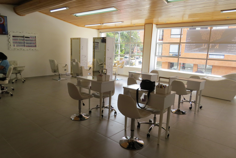 Muebles para manicure y pedicure